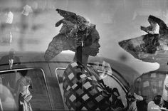 Beautiful african women in Nigeria, by Marc Riboud Marc Riboud, Monochrome Photography, Artistic Photography, Street Photography, White Photography, Henri Cartier Bresson, Magnum Photos, Black White Photos, Black And White