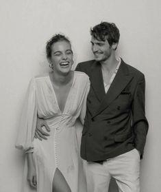 Wedding Couples, Cute Couples, Wedding Photography Inspiration, Wedding Inspiration, Wedding Bells, Wedding Gowns, Wedding Bridesmaids, Before Wedding, Pre Wedding Photoshoot