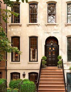 Peek inside a picturesque 1910 brownstone in Manhattan