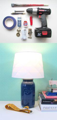 Lámpara de mesa con tarro de vidrio