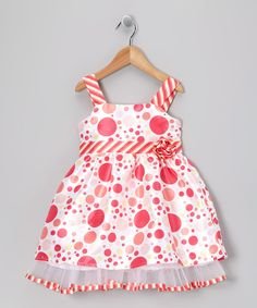 With cotton as soft as rose petals and polka dots that leap right off the silhouette, this deliriously dandy dress is easy to get into, simple to care for and a whole lot of fun to wear.100% cottonMachine wash; tumble dryImported