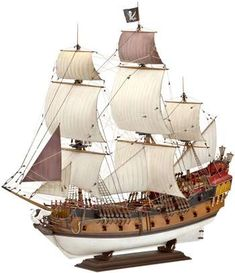 Model Germany pirate ship, comes with Jolly Roger flag