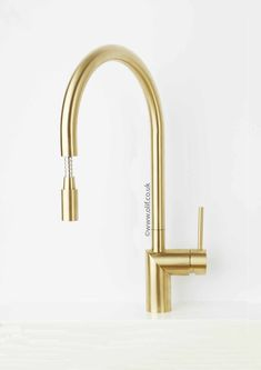 Nivito RH 140 EX Brushed Brass/Gold, pull-out kitchen mixer tap Black Kitchen Faucets, Kitchen Mixer Taps, Gold Kitchen, Sink Faucets, Kitchen Sinks, Kitchen Reno, Kitchen Remodel, Kitchen Ideas, Gold Taps