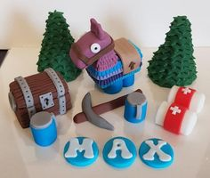 Handmade edible Fortnite style (unofficial) Cake topper set with Personalisation - llama set Handmade edible Fortnite style (unofficial) Cake topper set with Personalisation - llama set Fondant Icing, Fondant Toppers, Edible Cake Toppers, Fondant Cakes, Halo Cake, 1st Birthday Cake Topper, Cake Templates, Kid Cupcakes, Edible Glitter