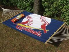 I need this in my backyard....when I'm not watching the Cardinals, I could be relaxing on this!!!