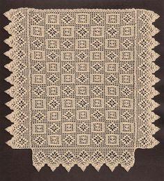 1:12 scale Crochet bedspread by Ludwina Akbulut-Van Oosterwyck. http://dekorativ.tripod.com/doll_house_miniature_carpets/index.html