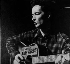 Woody Guthrie - This land is still your land !
