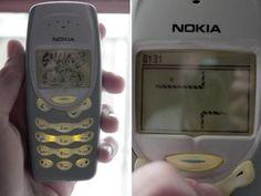 15 experiências de infância que as crianças de hoje jamais terão > 8. As crianças de hoje nunca saberão o que é ter um celular com tela duas cores. > E achar o máximo.