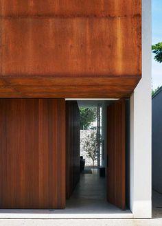 Corten House, Brasil São Paulo House – design by Marcio Kogan
