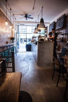 Cafetería Londres. The Good Life Eatery interior
