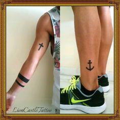 Tattoo Cruz, Lineas Negras y Ancla Por LionCastleTattoo