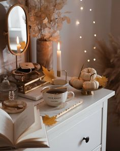 Bedroom Setup, Coffee Instagram, Flat Lay Photography, House Goals, Christmas Time, Life Is Good, Sweet Home, Table Settings, Vanity