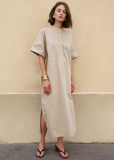 Cuffed Sleeve Mandarin Collar Dress in Pebble Beige – The Frankie Shop Muslim Fashion, Hijab Fashion, Fashion Tips, Punk Fashion, Lolita Fashion, Fashion Ideas, Fashion Beauty, Open Dress, Oversized Dress
