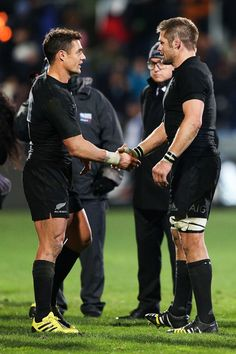 Richie Mccaw Photos - New Zealand v Argentina - The Rugby Championship - Zimbio All Blacks Rugby Team, South Africa Rugby, Richie Mccaw, Rugby Championship, International Rugby, New Zealand Rugby, Sports Wall, Rugby World Cup, Rugby Players