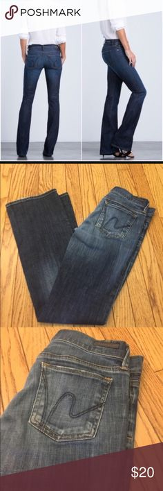 "Citizens Of Humanity Jeans Size 25 Like new citizens of Humanity Jeans Size 25! Super cute and have a 29"" inseam! Paid over $150! Check out my closet too Citizens Of Humanity Jeans Boot Cut"