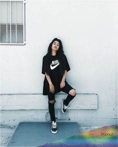 20 Must-Try Tomboy Outfits in 2020 - Girl Boss Boutique Shop Retro Outfits, Cute Tomboy Outfits, Skater Girl Outfits, Teenage Outfits, Teen Fashion Outfits, Hipster Outfits, Tomboy Fashion, Swag Outfits, Mode Outfits
