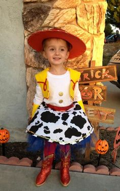 Toddler Halloween costume inspired by Jessie from the movie Toy Story