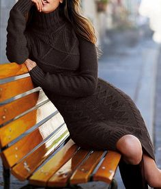 Long-sleeve Turtleneck Cable Sweaterdress - always wanted a cute sweater dress.looks so comfy Fall Winter Outfits, Winter Dresses, Autumn Winter Fashion, Burgundy Sweater Dress, Knit Sweater Dress, Cable Sweater, Wool Dress, Grey Sweater, Outfit Vestidos