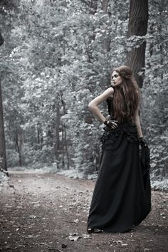 Nava Monde - Black queen Make up and hair: Ekaterina Markasova