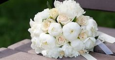White peony and Vendella roses