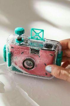 Instax Mini Camera, Polaroid Camera, 35mm Camera, Camera Gear, Camera Hacks, Camera Case, Polaroid Instax, Photos Sous-marines, Pictures