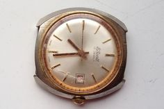 AUCTIONS ENDING ON SUNDAY 14 MAY FROM 8pm NEW AUCTIONS STARTING ON THURSDAY 11 MAY FROM 8pm..........MENS VINTAGE S. SCOTT 17 JEWELS SWISS MADE MANUAL WIND CALENDAR WATCH