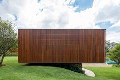 MDT House, Fazenda Boa Vista, Porto Feliz, Sao Paulo, Brazil by Jacobsen Arquitetura. (2012)