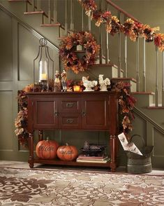 48 Beautiful Entry Table Decor Ideas to Updating Your House Fall Entryway Decor, Fall Home Decor, Autumn Home, Seasonal Decor, Thanksgiving Decorations, Table Decorations, Holiday Decor, Pumpkin Decorations, Vintage Thanksgiving