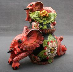 Admore Ceramics | Elephant Tureen Sculptor: Sabelo Khoz/Thabo Mbhele Painter: Mbusi Mfuphi