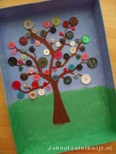 Boom met bloesem 2 Spring Crafts For Kids, Diy For Kids, Kids Crafts, Workshop, Bird Tree, Rose Art, Triangle, Sculptures, Greeting Cards