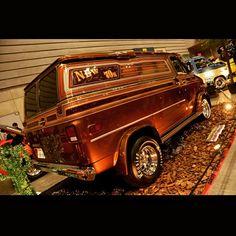 just great-looking vans of the times new and old Dodge Van, Chevy Van, Gmc Trucks, Cool Trucks, Custom Van Interior, Gmc Vans, Camper, Old School Vans, Vanz