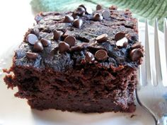 Cherry Cola Brownies - Add some pizzazz to your favorite fudge brownie mix with this easy recipe! Who knew that cherries and soda could make these brownies taste unforgettable? (easy mixed drinks with soda) Best Brownies, Cherry Brownies, Brownie Recipes, Cookie Recipes, Dessert Recipes, Nutella, Cola Cake, Fudge Cake, Sweets