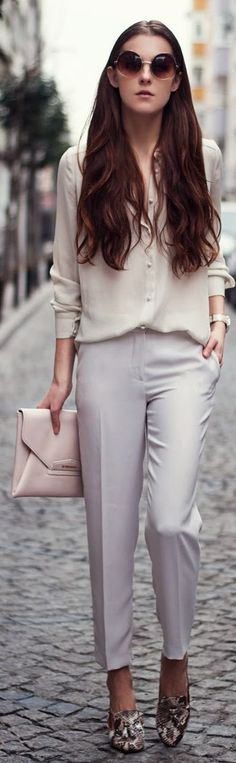 Givenchy Beige enveloppe Clutch by Neon Rock