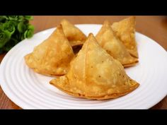 Perfect Aloo Samosa Recipe | Crispy Potato Samosa Recipe | Ramadan Special 2021 | Samosa Folding - YouTube Samosa Recipe, Crispy Potatoes, Ramadan Recipes, Tasty, Ethnic Recipes, Youtube, Snake, Food, Essen