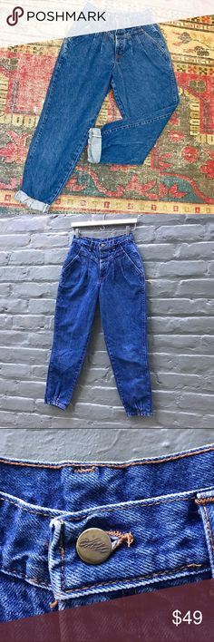 """Vintage Chic Brand Jeans RARE 1980's Vintage Chic Brand Jeans. High-waisted, Med-wash, with no pockets. Tag size 8 Petite. These would fit size Small-Med or about a 25-26in waist. 🔻Approx Flat Lay Measurements🔻 Waist - 12"""" Hips - 18"""" Thigh - 10"""" Rise - 10.5"""" Inseam - 24"""" Outseam - 37.5"""" Vintage Jeans"""
