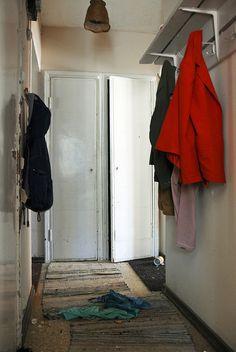 Is anybody home? by Sameli, via Flickr