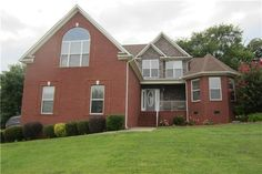 2013 Viewpointe Way, Columbia, TN 38401. 3 bed, 2 bath, $344,900. Come entertain in th...