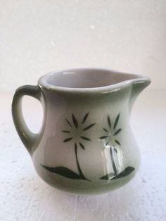 Vintage GREEN PALM TREE Small Milk Creamer Restaurant Diner Dairy Pitcher #NoName