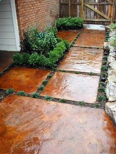 stepping stones - stained concrete pieces--love this! Want this, loved the stained concrete. Lawn And Garden, Garden Paths, Garden Landscaping, Landscaping Ideas, Backyard Walkway, Front Walkway, Pergola Patio, Diy Patio, Pergola Kits