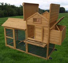 Amazon.com: Pawhut Deluxe Portable Backyard Chicken Coop w/ Fenced Run and Wheels: Patio, Lawn & Garden