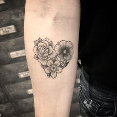 New Womens Hair Tattoo Men Ideas Hair Tattoo Men, Hair Tattoos, Mom Tattoos, Couple Tattoos, Trendy Tattoos, Body Art Tattoos, Small Tattoos, Sleeve Tattoos, Tattoos For Guys