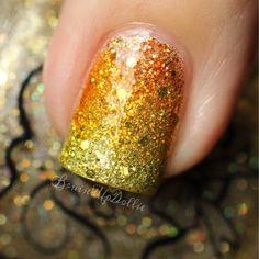 BruisedUpDollie Nails: Sharpie manicures with Polish'M