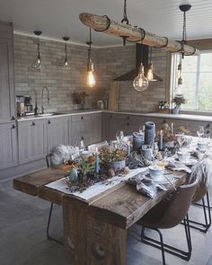 46 this livingroom and dining room decor is farmhouse goals!- 46 this livingroom and dining room decor is farmhouse goals! 38 46 this livingroom and dining room decor is farmhouse goals! Kitchen Decor, Kitchen Design, Decor Room, Dining Room Design, Kitchen Remodel, Dining Table, Dining Decor, House Design, Decoration