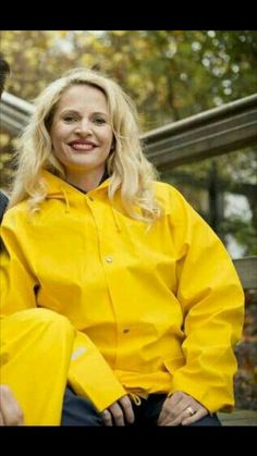 Yellow Raincoat, Rain Wear, Sweet Dreams, Rain Jacket, Windbreaker, Women's Fashion, Woman, Jackets, Style