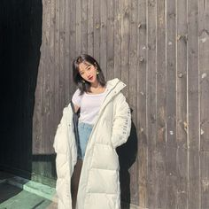 Kpop Fashion Outfits, Girl Fashion, My Girl, Cool Girl, Aesthetic Korea, Kpop Girl Bands, Female Images, Ulzzang Girl, Kpop Girls