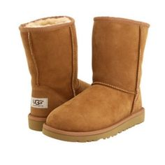 Shop Kids' UGG size Boots at a discounted price at Poshmark. Description: -Ugg kid's classic short chestnut -WATER 💦 RESISTANT -Brand new with original box. Ugg Boots Outfit, Ugg Style Boots, Tan Ugg Boots, Classic Ugg Boots, Kids Ugg Boots, Fuzzy Boots, Cowgirl Boots, Shearling Boots, Leather Boots