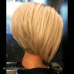 Best Short Bob Haircuts and Hairstyles for Beautiful Women – Page 5 of 24 – HAIR… – Hair Styles Graduated Bob Haircuts, Layered Bob Hairstyles, Short Bob Haircuts, Blonde Graduated Bob, Blonder Bob, Bob Hairstyles For Fine Hair, Hairstyles 2018, Everyday Hairstyles, Hairdos
