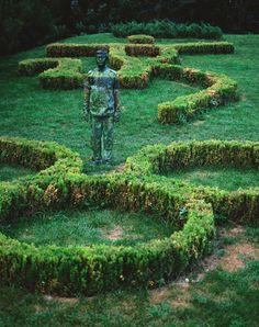 Liu Bolin - incredible camouflage artist!