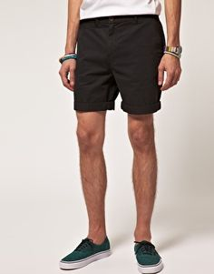 Discover men's shorts with ASOS. Shop from hundreds of different styles including cargo, denim, chino and camo shorts in different colours. Order at ASOS. Asos, Chino Shorts, Men's Shorts, Linen Shorts, Best Mens Fashion, Women's Fashion, Fashion Story, Black Shorts, Bermudas