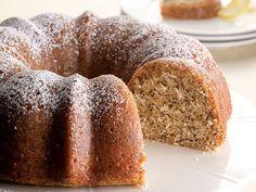 Easter Brunch: Lemon Poppy Seed Cake http://www.ivillage.com/easter-menu-ideas/3-b-55138#339071